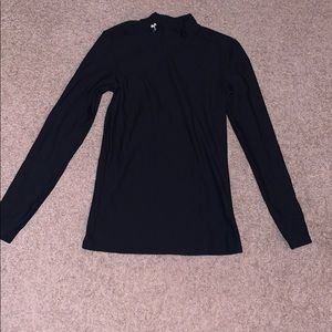 Black workout long sleeve shirt